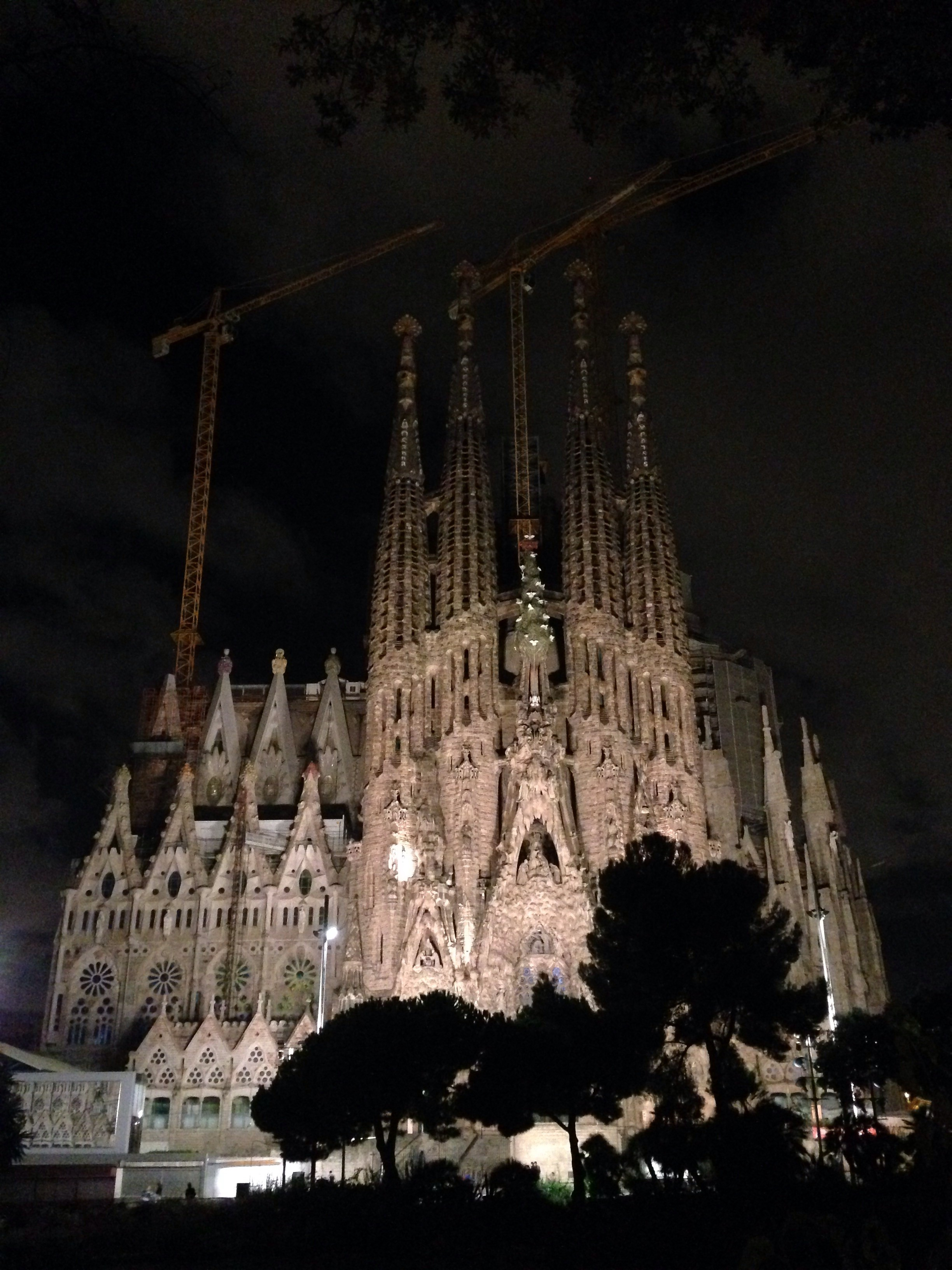 Sagrada Familia at night 1